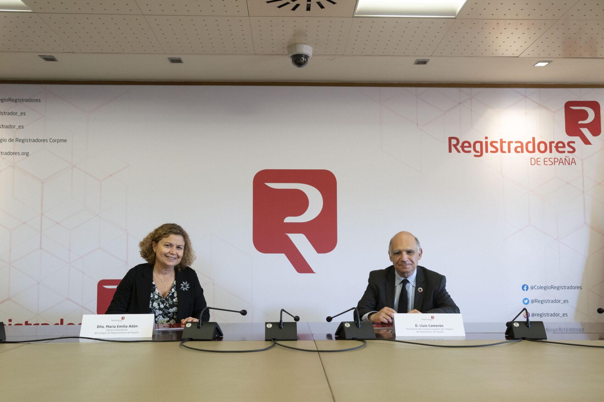 Registradores y arquitectos firman un convenio para facilitar la inscripción directa de documentación en los registros de la propiedad